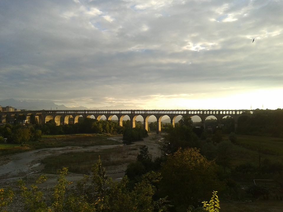 3  railway bridge_n[1]